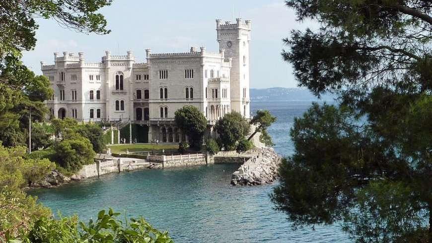 Những hình ảnh lâu đài Châu Âu kiến trúc đẹp nhất thế giới